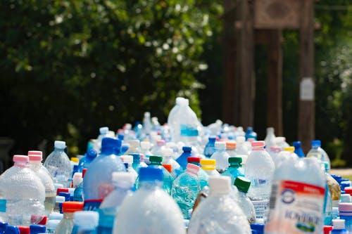 PET recyclable plastics